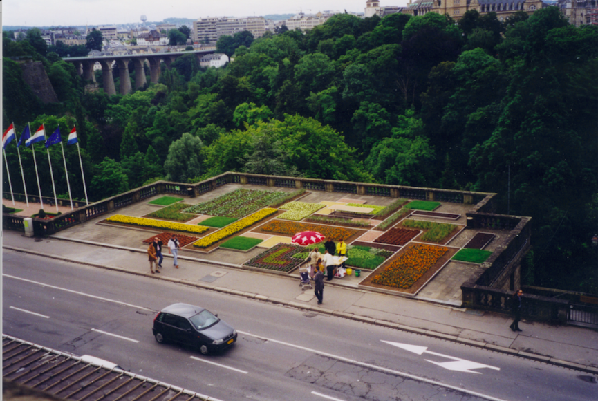 Manifesta 2, Luxembourg, 1998. 